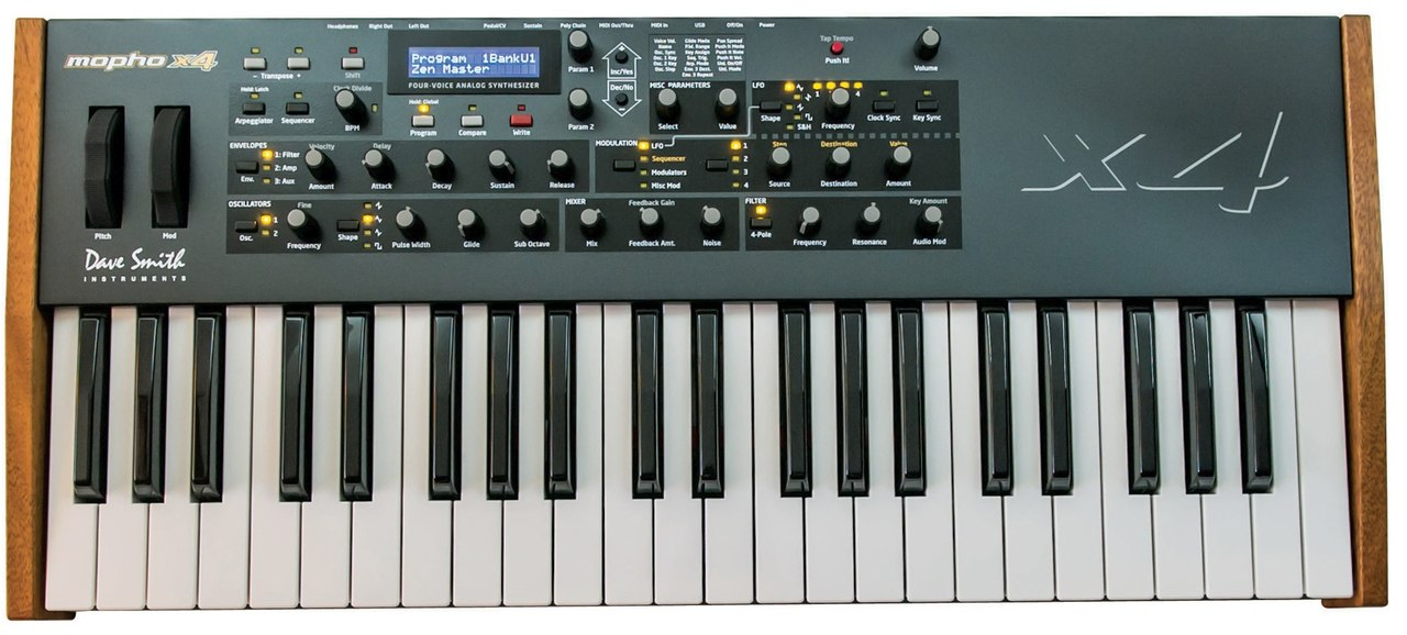 Dave Smith Instruments Mopho x4 Polyphonic Analogue Synthesiser